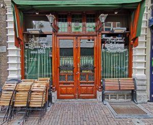 Altmodische Caféhausfront