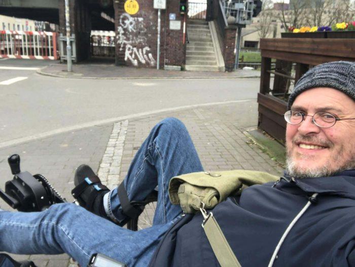 Kai ist nach wie vor mit seinem Liegefahrrad in Oldenburg unterwegs.