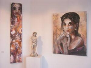 Frauengemälde und -Skulptur von Martin Eckrich
