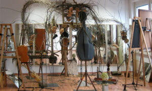 """Rauminstallation """"Orchester"""" von Martin Eckrich"""